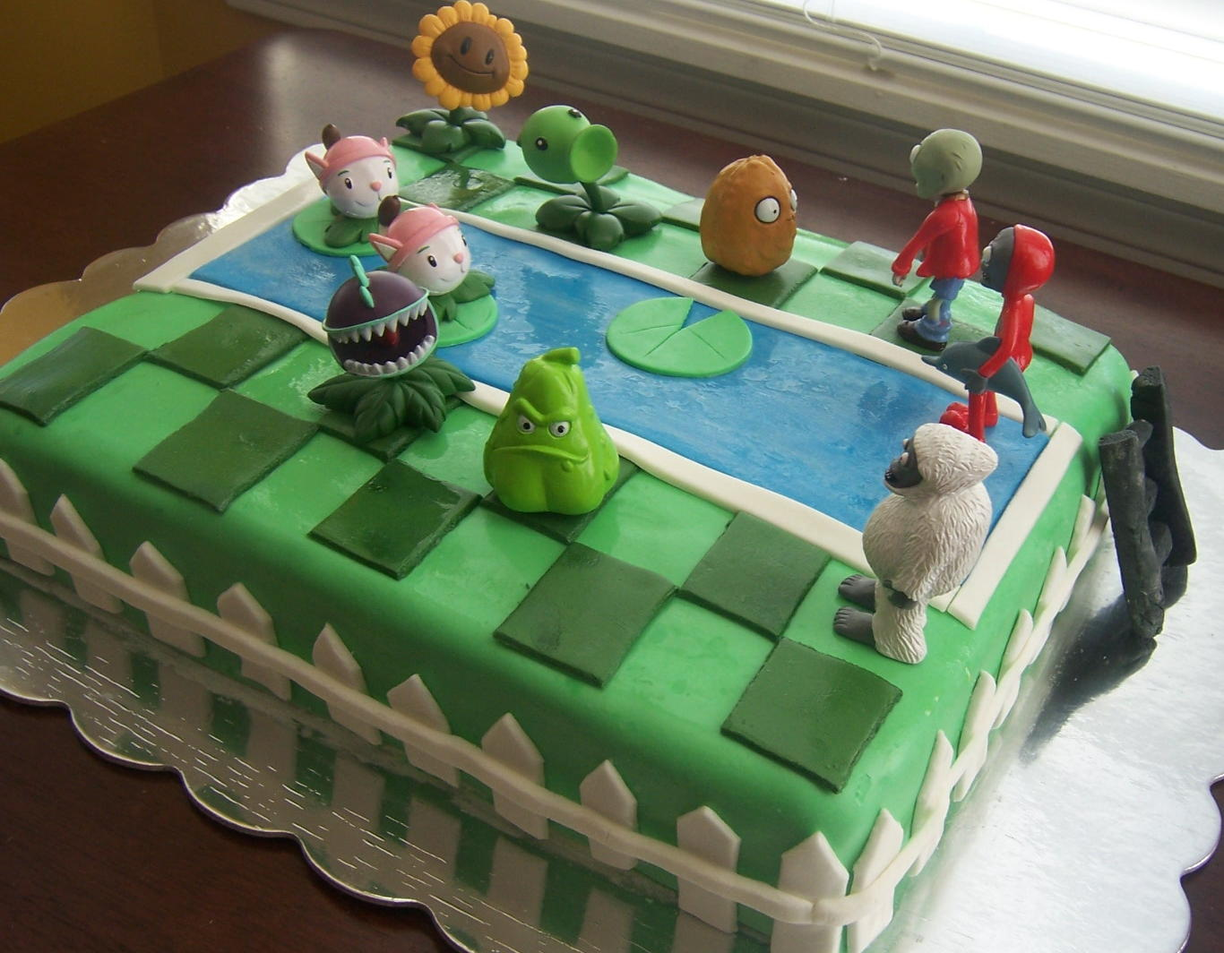 Plants Vs Zombies Cake Sugar Shindigs